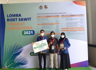 ITS Students build battery from palm bunch waste